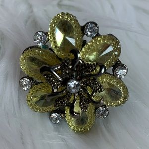 Yellow flower fashion adjustable band ring